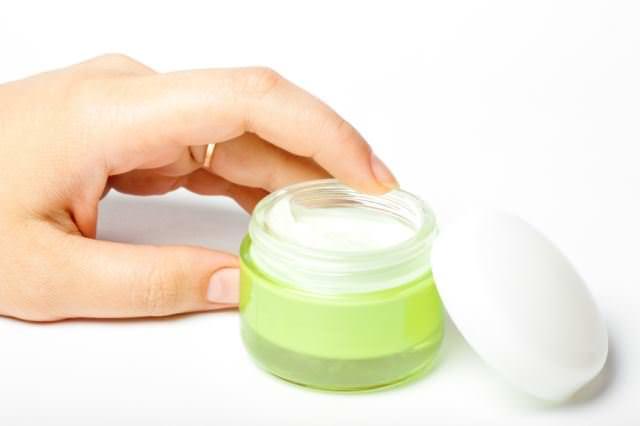 Мази для лечения дерматита на руках
