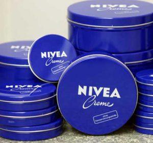 Увлажнение кремом Nivea